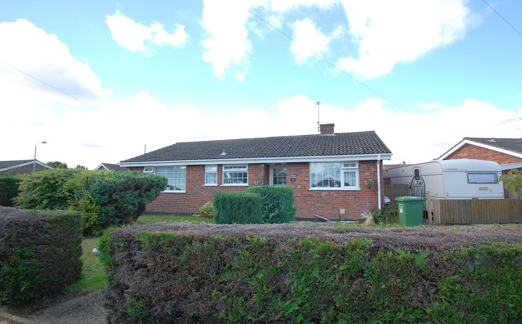 3 Bedrooms Detached Bungalow for sale in Burton Avenue, North Walsham