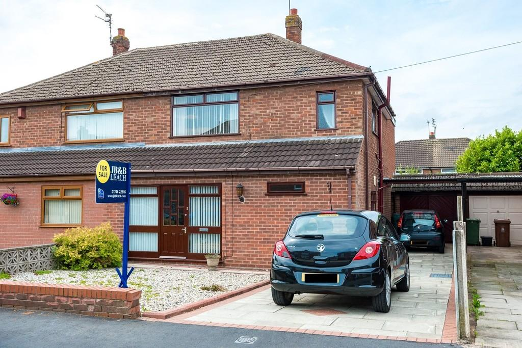 3 Bedrooms Semi Detached House for sale in Calderhurst Drive, Windle, St. Helens