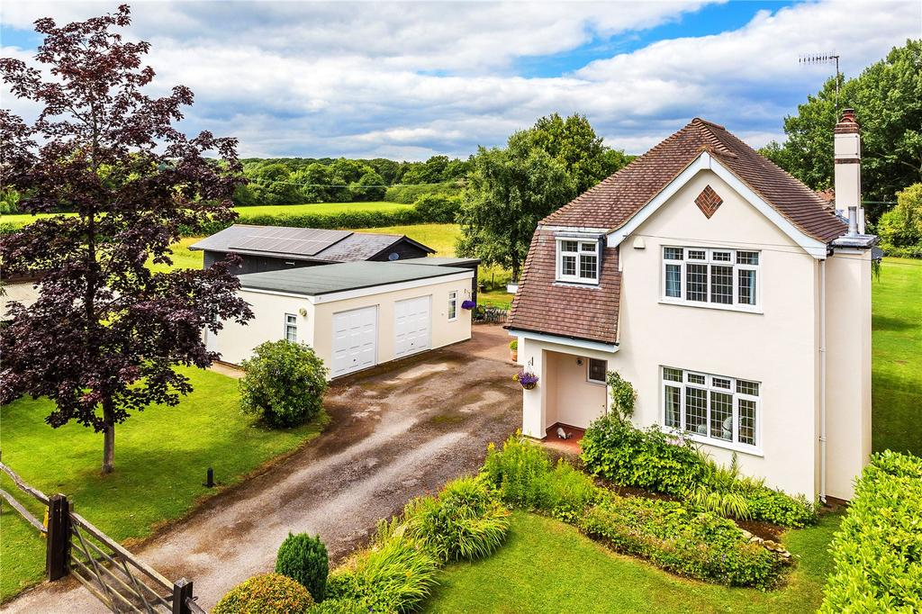 4 Bedrooms Equestrian Facility Character Property for sale in Rushton Avenue, South Godstone, Godstone, Surrey, RH9