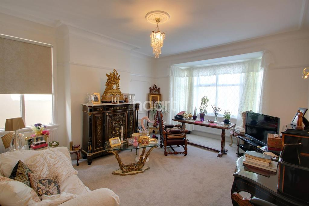 2 Bedrooms Flat for sale in Chalkwell Avenue