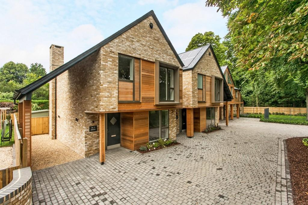 3 Bedrooms Detached House for sale in Salters Acres, Winchester, SO22