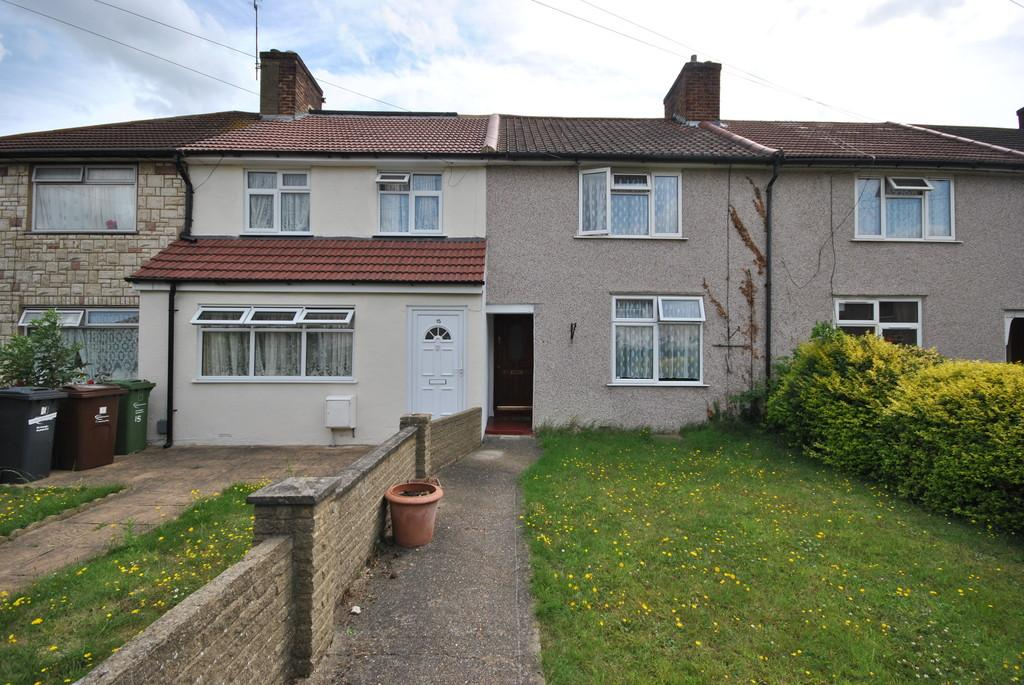 2 Bedrooms Terraced House for sale in Holgate Gardens, Dagenham