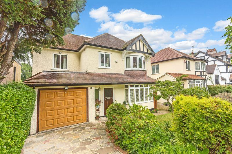 5 Bedrooms Detached House for sale in Downlands Road, West Purley