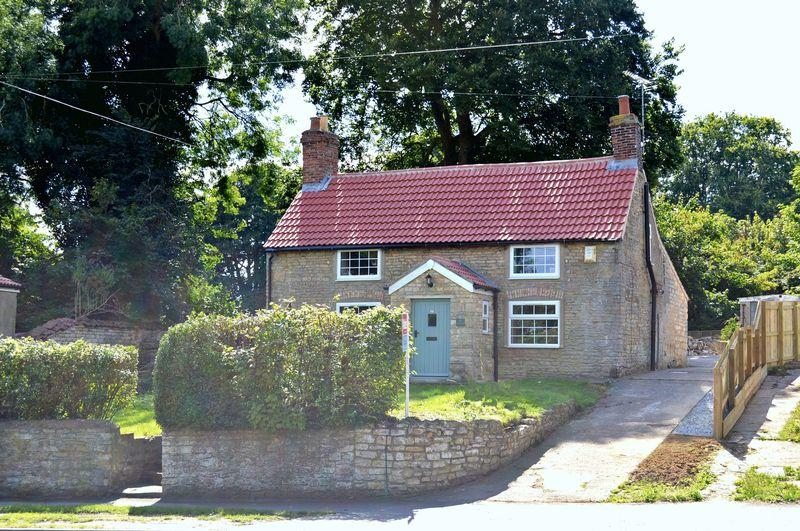 2 Bedrooms Cottage House for sale in Lincoln Road, BRANSTON