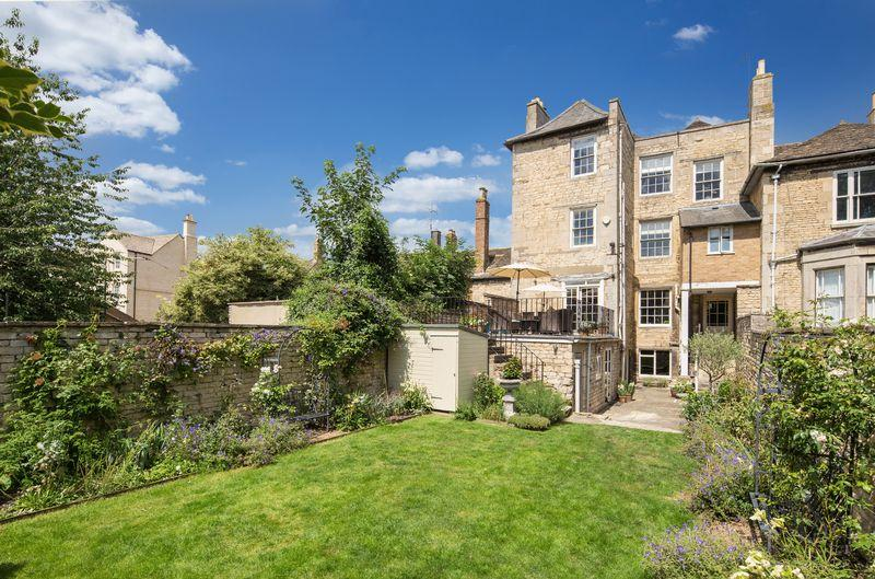 4 Bedrooms Town House for sale in St Pauls Street, Stamford