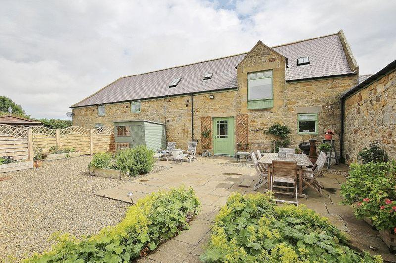 3 Bedrooms Barn Conversion Character Property for sale in Croft Cottage, Alnwick