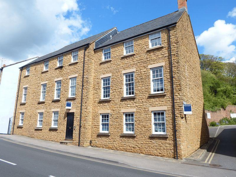 1 Bedroom Apartment Flat for sale in North Street, Crewkerne