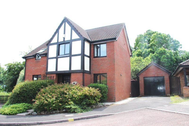 4 Bedrooms Detached House for sale in Thornwell, Chepstow