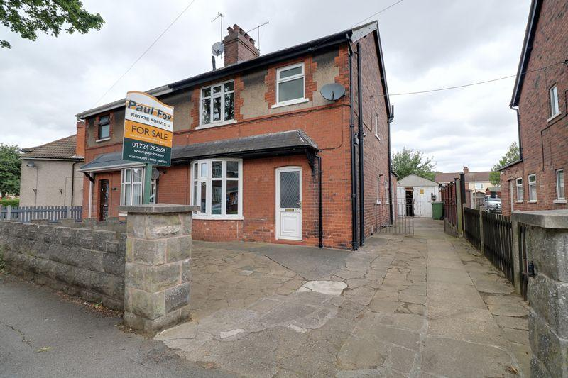 3 Bedrooms Semi Detached House for sale in Theodore Road, Scunthorpe