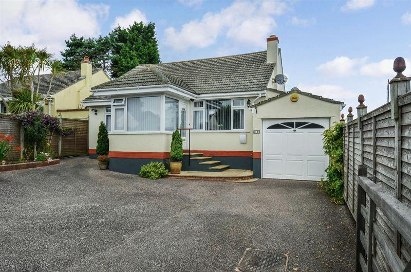 2 Bedrooms Bungalow for sale in James Avenue, Paignton