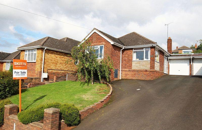 3 Bedrooms Detached Bungalow for sale in Ruskin Avenue, THE STRAITS