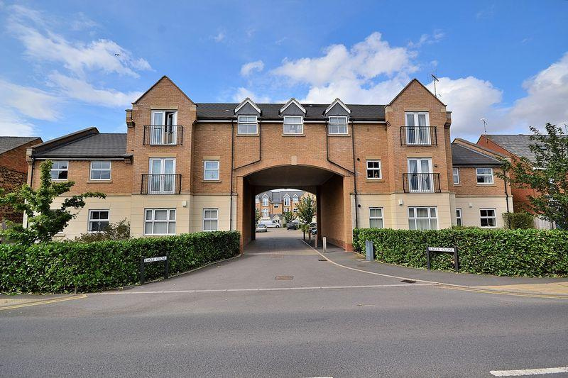 1 Bedroom Apartment Flat for sale in Eagle Close, Leighton Buzzard