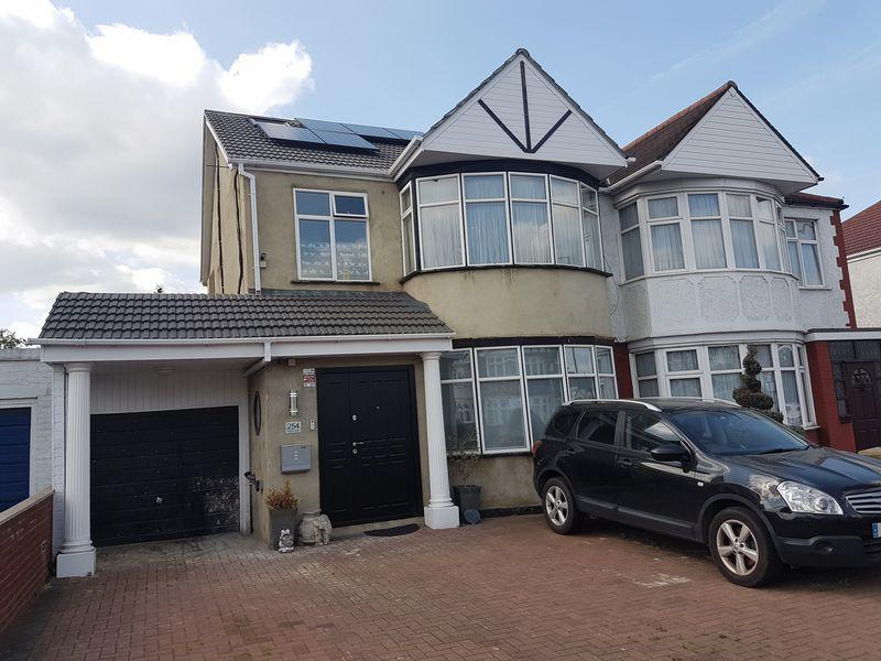 6 Bedrooms Semi Detached House for sale in Kenton Road, Kenton, Harrow, Middlesex, HA3 8BY