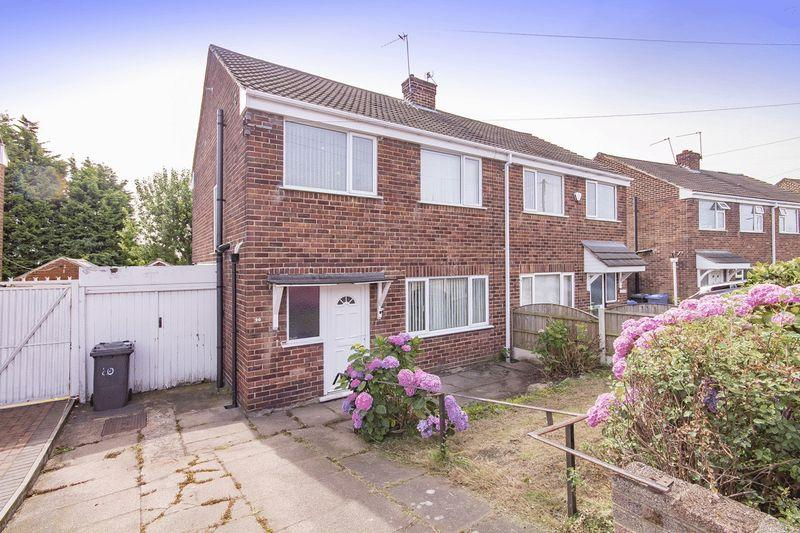 3 Bedrooms Semi Detached House for sale in HARTLAND DRIVE, SUNNYHILL.