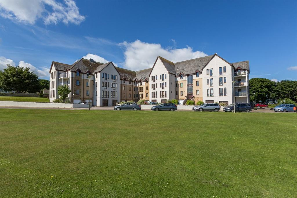 2 Bedrooms Apartment Flat for sale in 44 Royal Marine Apartments, Marine Road, Nairn, IV12
