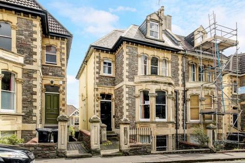 5 bedroom semi-detached house for sale - Randall Road, Cliftonwood
