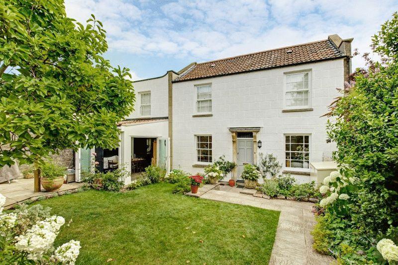 3 Bedrooms Detached House for sale in St Vincents Hill, Redland