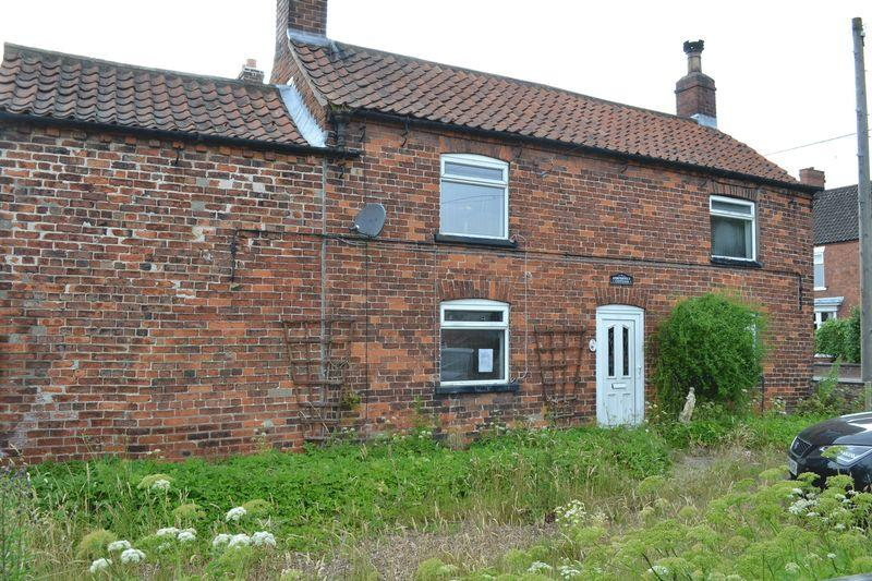 3 Bedrooms Cottage House for sale in High street, Blyton