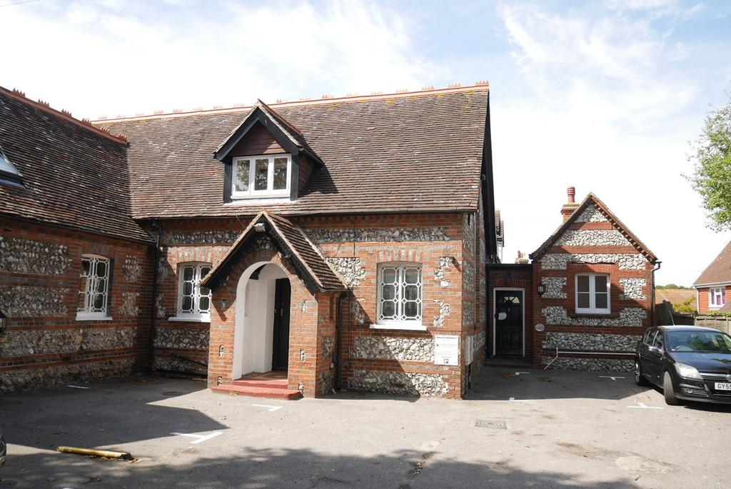 2 Bedrooms Cottage House for sale in Church Street, Old Town, Eastbourne, BN21