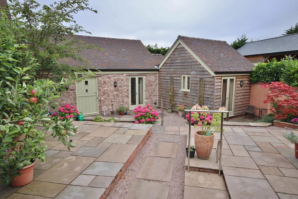 2 Bedrooms Mews House for sale in Much Birch, Much Birch, Hereford, HR2