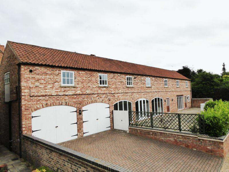 4 Bedrooms Detached House for sale in Gibbons Court, North Wheatley, Retford
