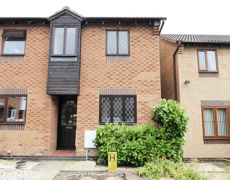2 Bedrooms Terraced House for sale in Holdenby Close, Retford