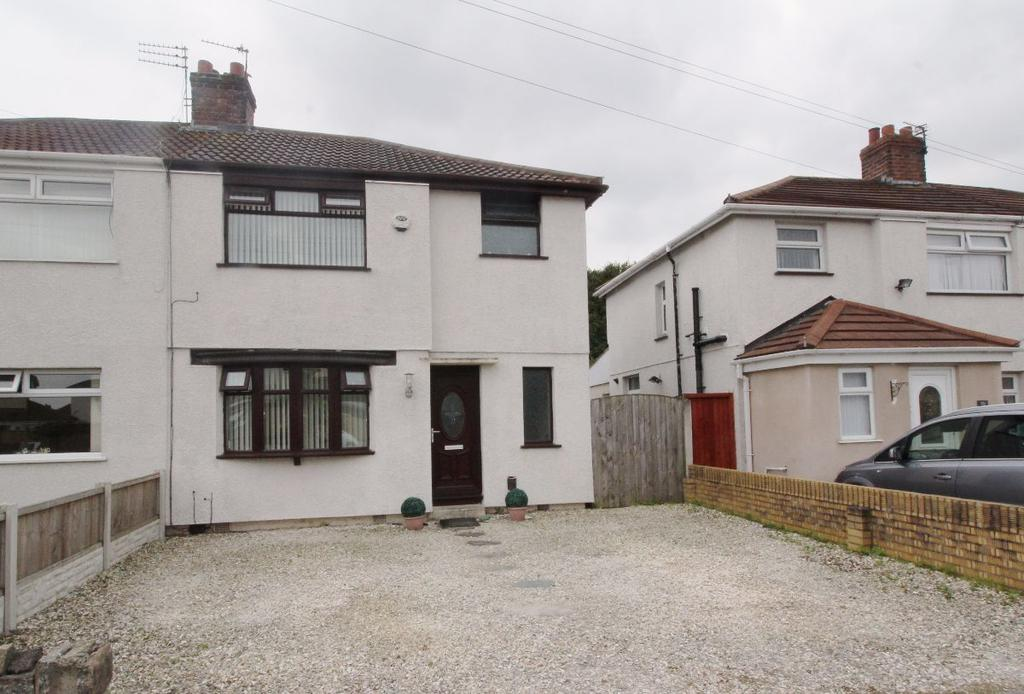 3 Bedrooms Semi Detached House for sale in Moorhey Road