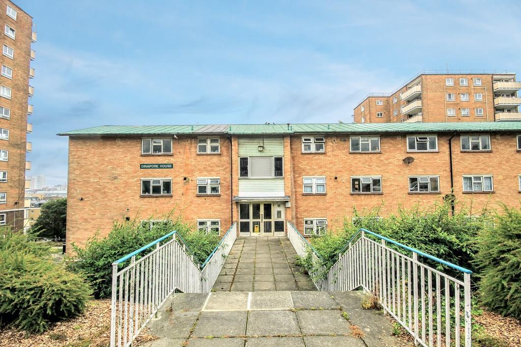 3 Bedrooms Flat for sale in John Street, Brighton, BN2