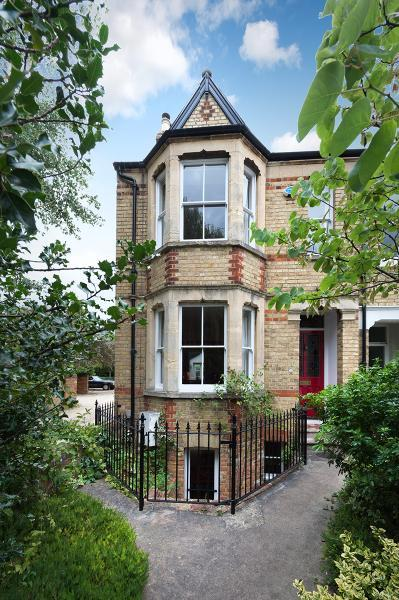 5 Bedrooms Terraced House for sale in Thorncliffe Road, Oxford, Oxfordshire