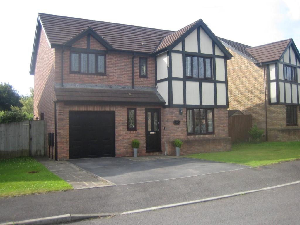 4 Bedrooms Detached House for sale in Grove Farm Rd, Grovesend