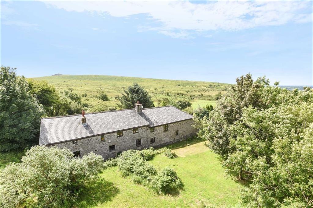 5 Bedrooms Detached House for sale in Sampford Spiney, Yelverton, Devon
