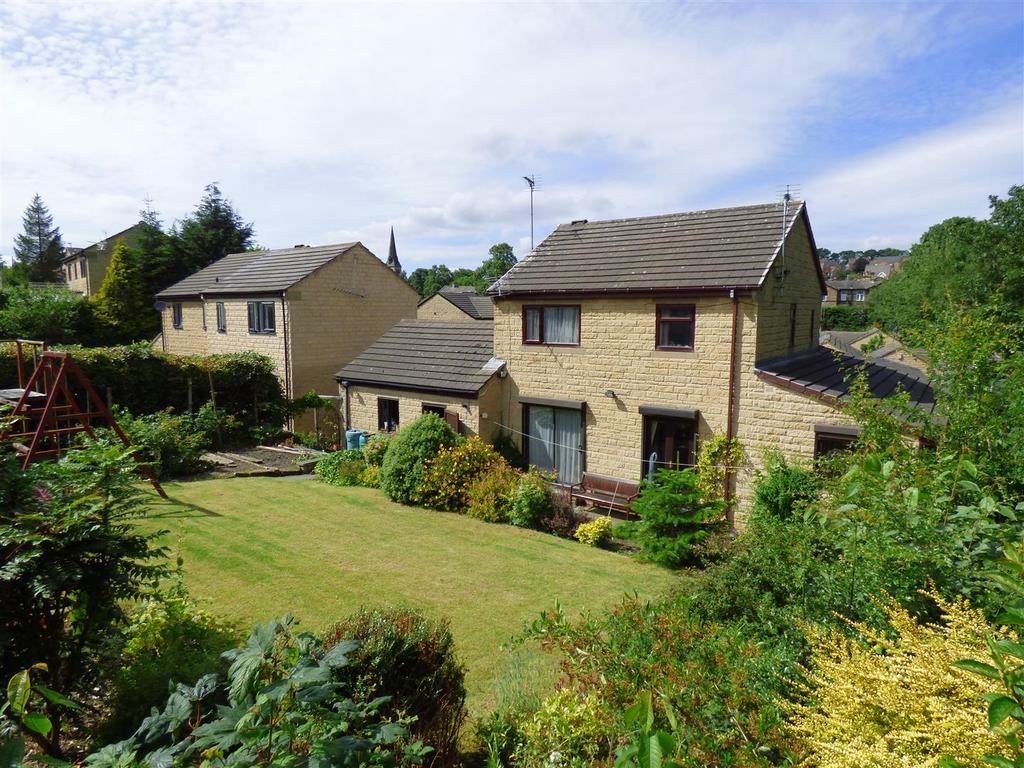 4 Bedrooms Detached House for sale in Willow Croft, Cleckheaton