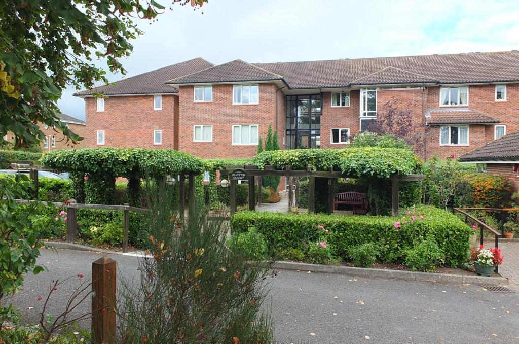 1 Bedroom Retirement Property for sale in Church Road, Haywards Heath, RH16