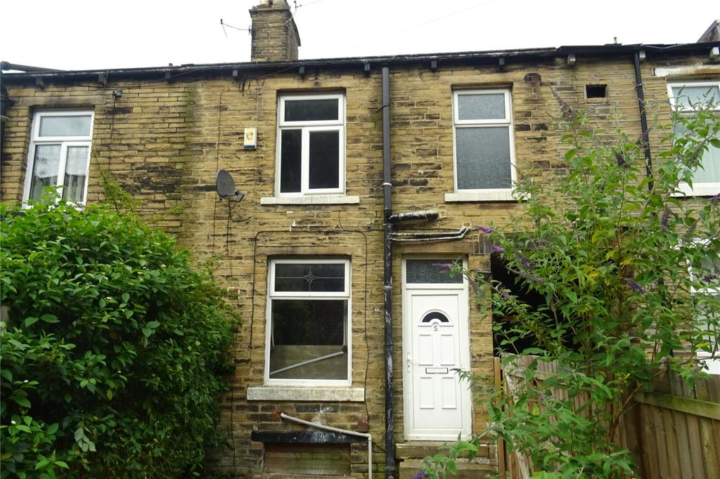 2 Bedrooms Terraced House for sale in Wilmer Road, Bradford, West Yorkshire, BD9