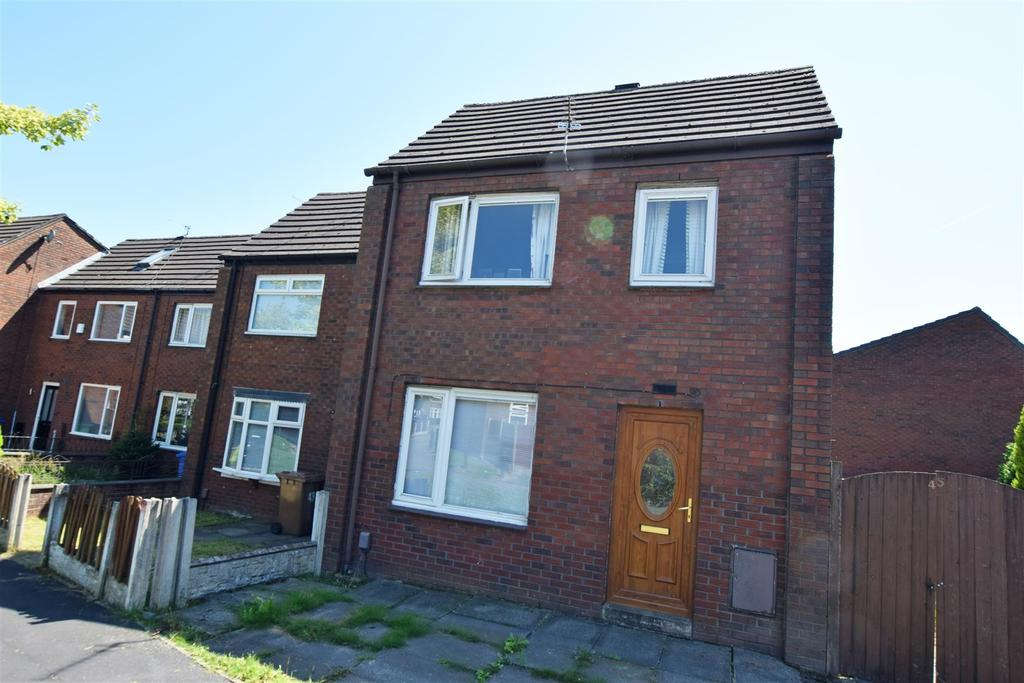 3 Bedrooms End Of Terrace House for sale in Wince Close, Alkrington, MIddleton
