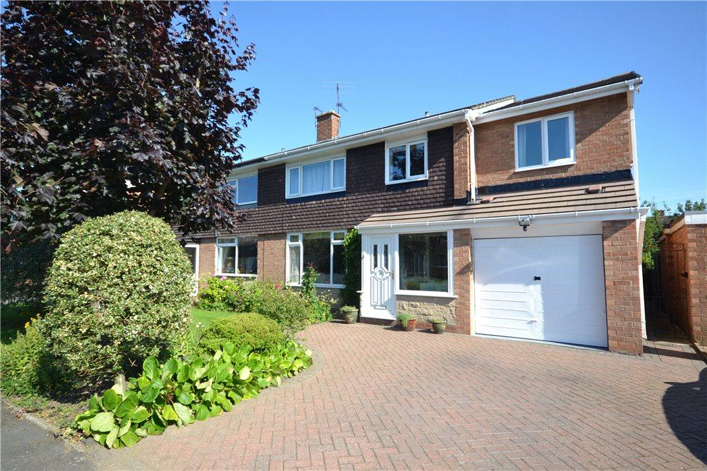4 Bedrooms Semi Detached House for sale in Grisedale Crescent, Egglescliffe, Stockton-on-Tees