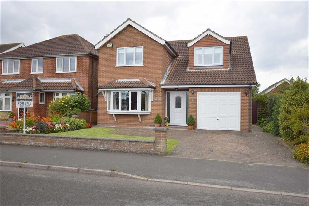 4 Bedrooms Detached House for sale in Lindsey Drive, Holton Le Clay, North East Lincolnshire