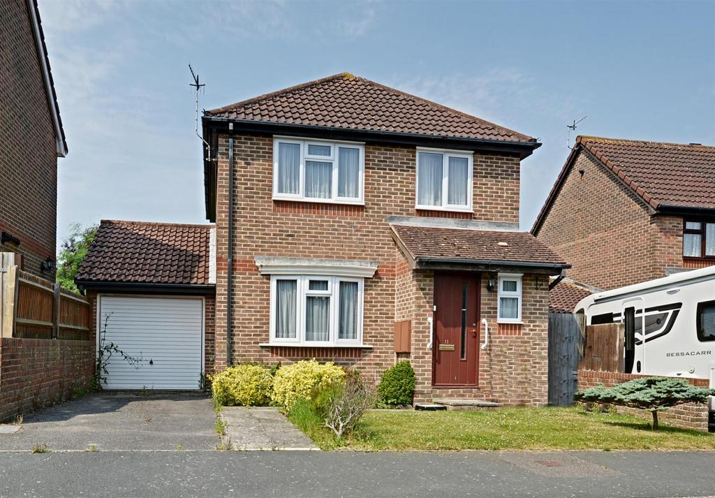 3 Bedrooms Detached House for sale in Constable Way, Bexhill-On-Sea