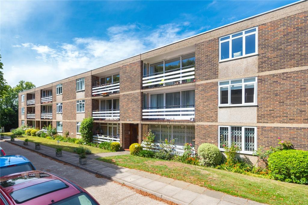2 Bedrooms Flat for sale in Charwood, Leigham Court Road, London, SW16