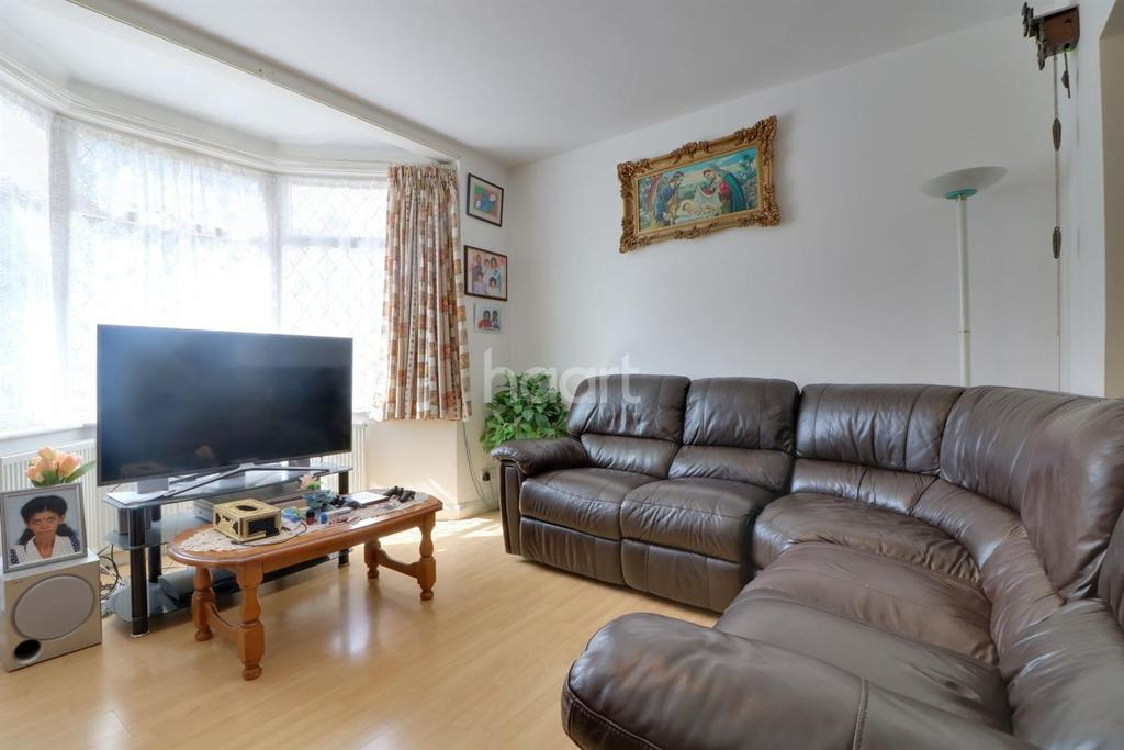 4 Bedrooms Semi Detached House for sale in Victoria Avenue, Wembley