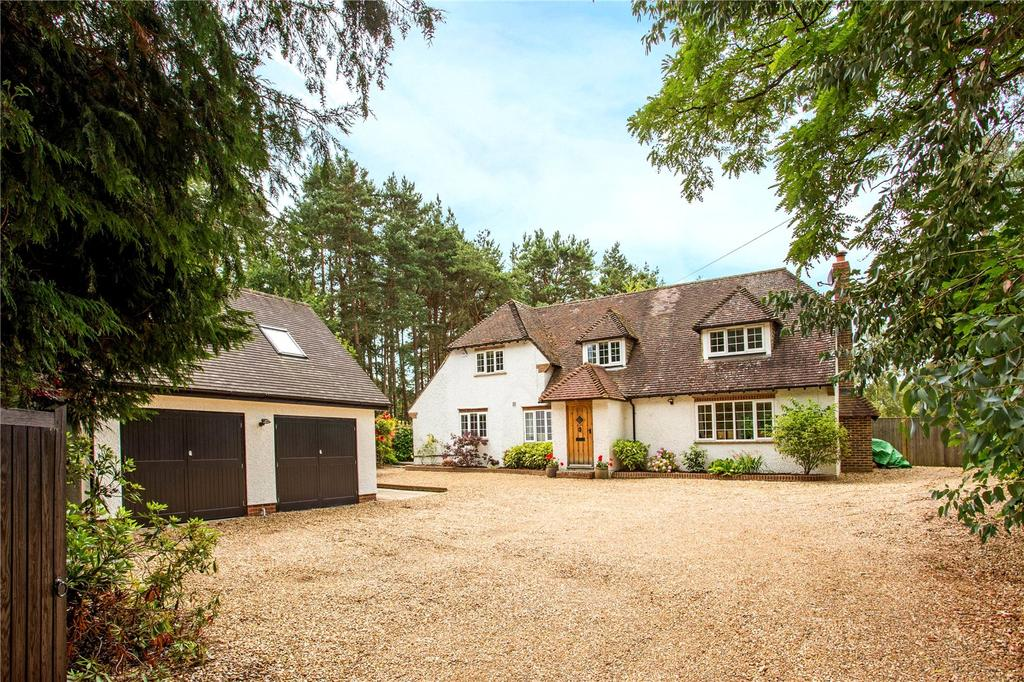 4 Bedrooms Unique Property for sale in Sandy Lane, Rushmoor, Farnham, GU10