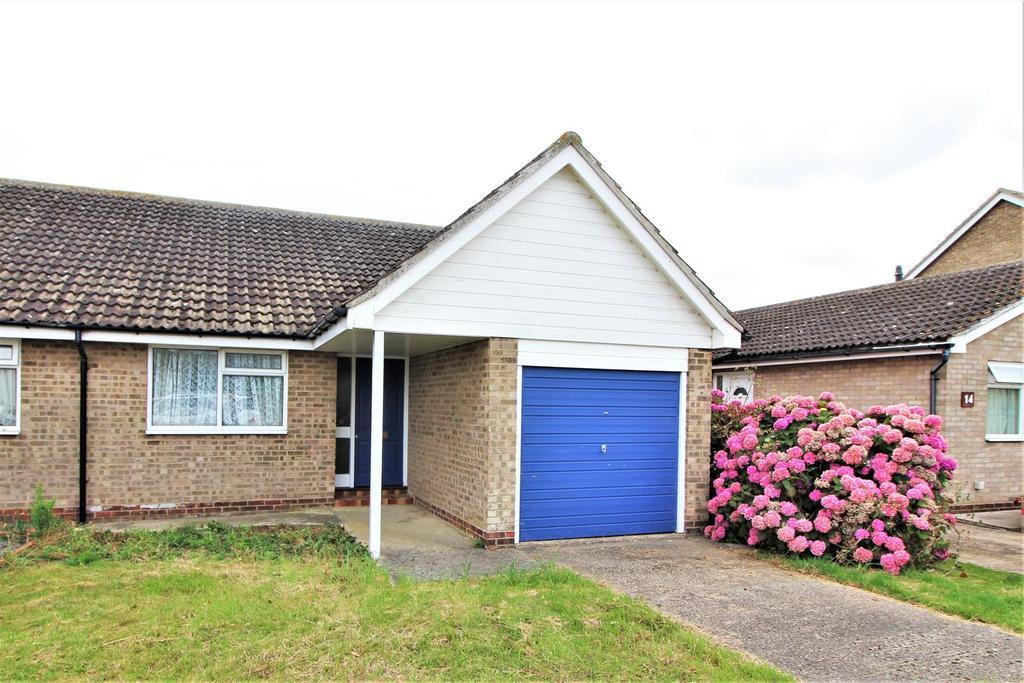 2 Bedrooms Semi Detached Bungalow for sale in Poplar Way, Kirby Cross, Frinton-On-Sea