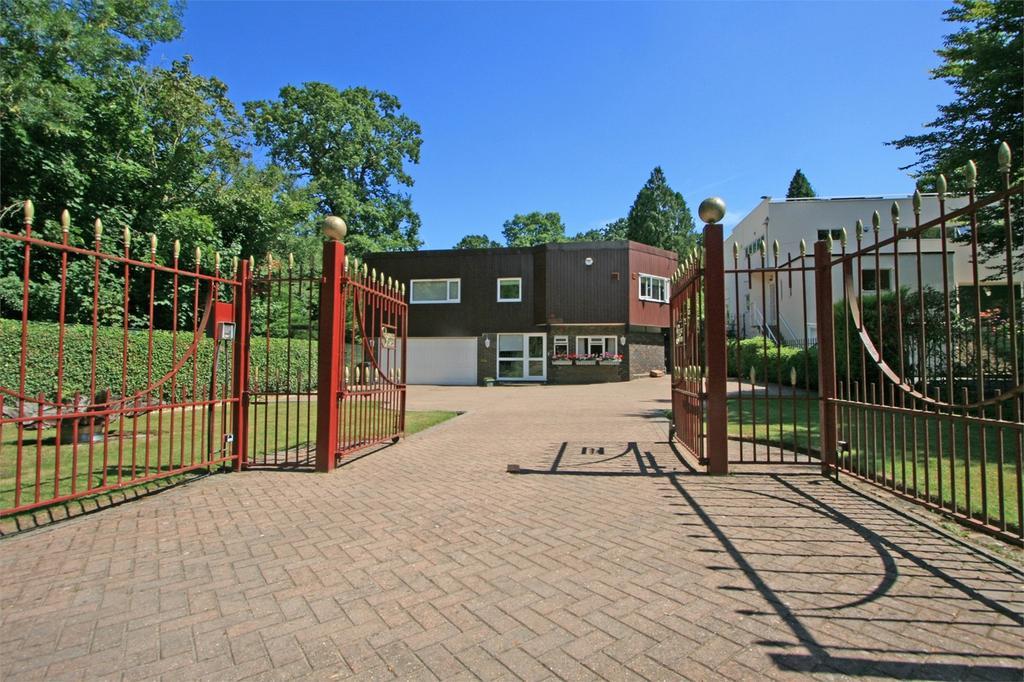 2 Bedrooms Detached House for sale in Lodge Road, Sundridge Park, Bromley, Kent