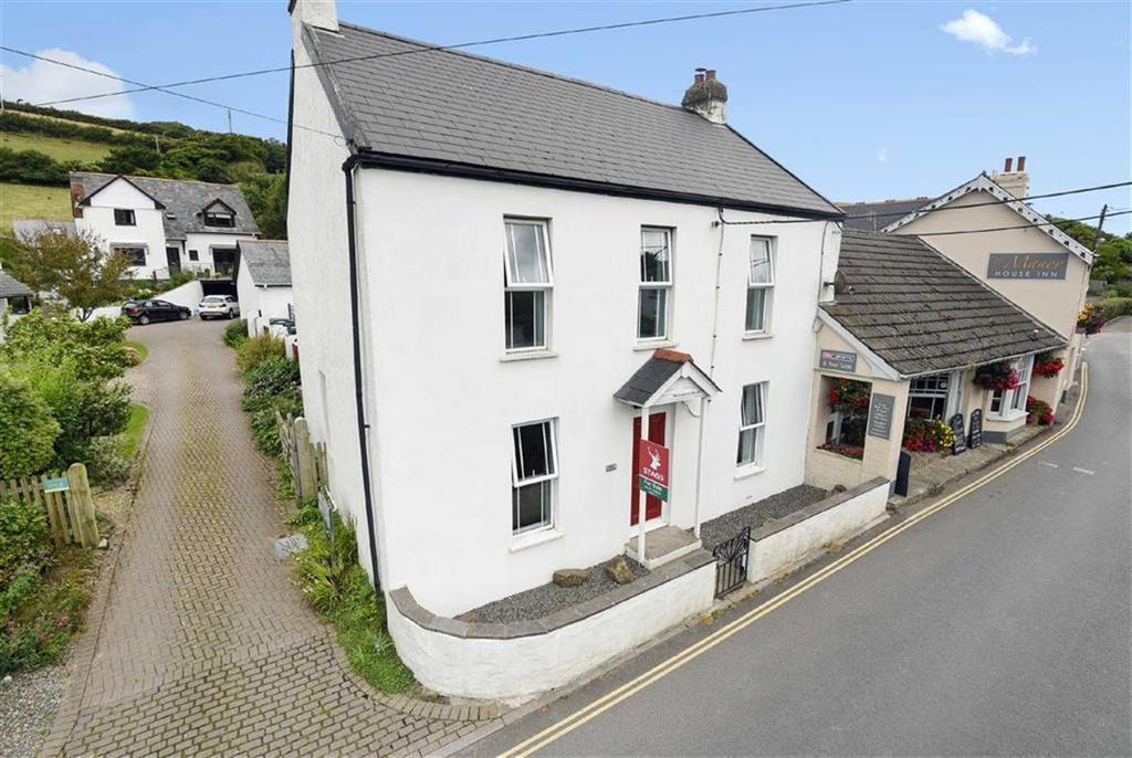 4 Bedrooms Semi Detached House for sale in St Marys Road, Croyde, Braunton, Devon, EX33