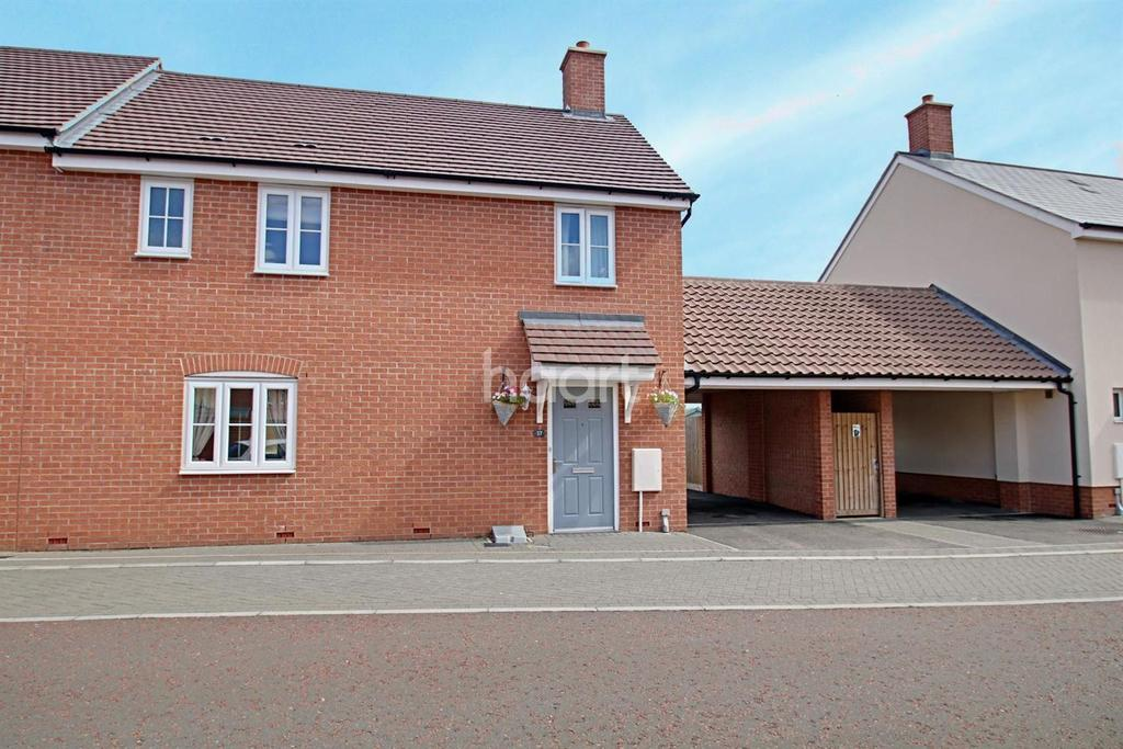 3 Bedrooms Semi Detached House for sale in Wall Mews, Colchester, CO2