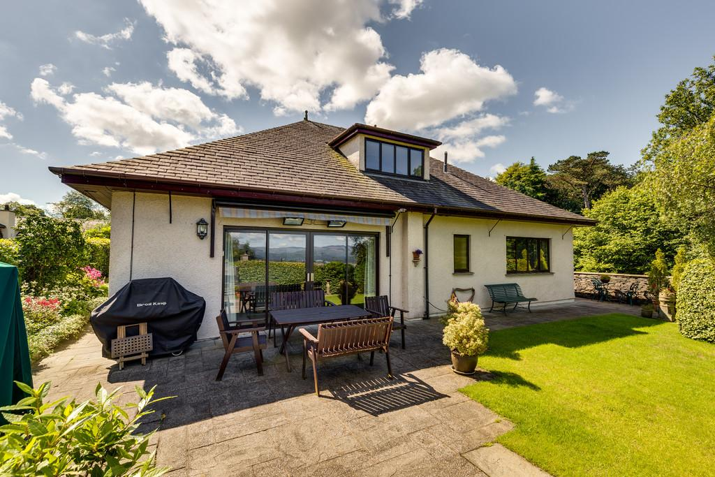 4 Bedrooms Detached House for sale in Four Winds, Victoria Road, Windermere, Cumbria, LA23 2DP