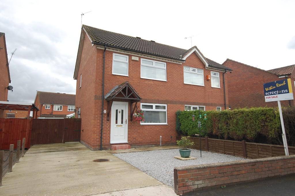 3 Bedrooms Semi Detached House for sale in Thorntree Lane, Goole