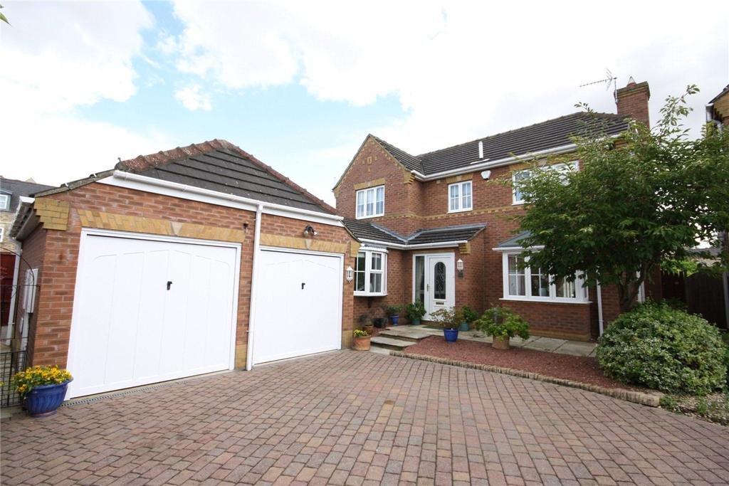 4 Bedrooms Detached House for sale in Norfolk Crescent, Bracebridge Heath, Lincoln, Lincolnshire, LN4