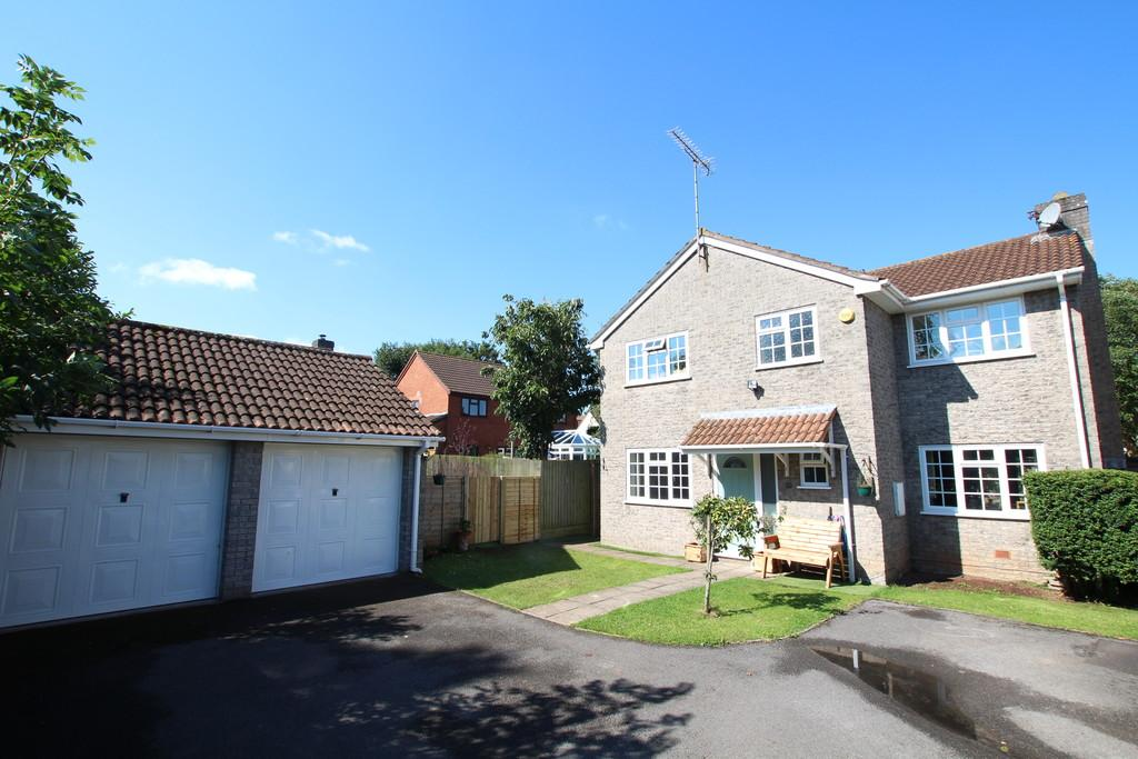 4 Bedrooms Detached House for sale in Broadoak Road, Langford