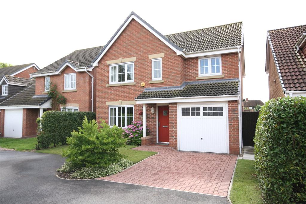 4 Bedrooms Detached House for sale in Augustus Close, North Hykeham, Lincoln, Lincolnshire, LN6